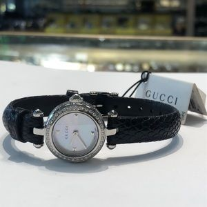 Gucci Diamond woman's watch